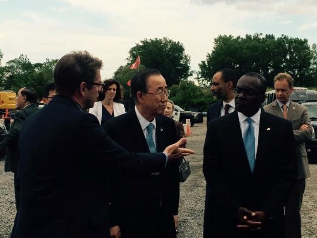 UN Secretary General Ban Ki-Moon and Buffalo Mayor Byron Brown at the Solar City site.