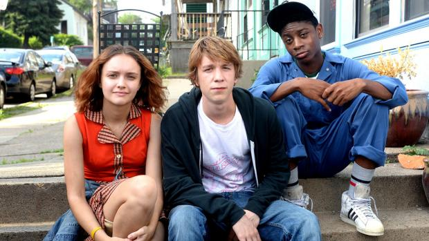 Olivia Cooke, Thmas Mann, and RJ Cyler.