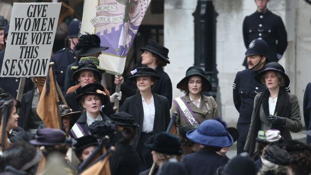 Anne-Marie Duff, Carey Mulligan, Helena Bonham Carter in Suffragette.