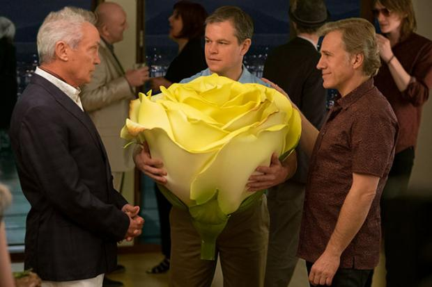 Udo Kier, Matt Damon, and Christopher Waltz in Downsizing.