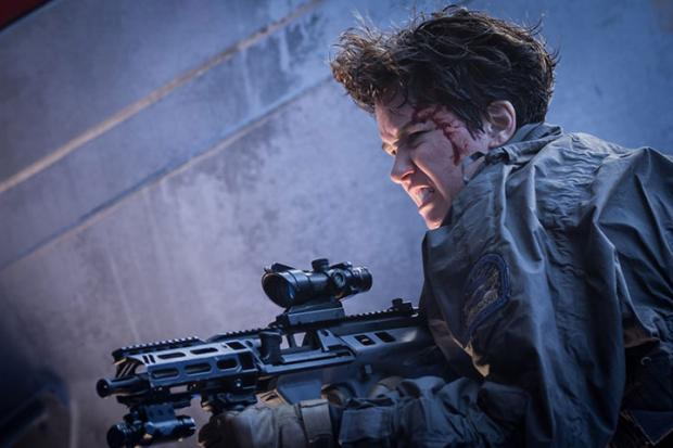 Katherine Waterston in Alien: Covenant.