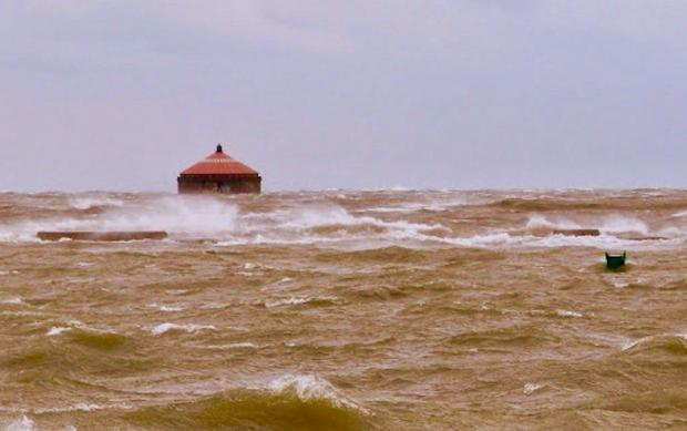 Lake Erie rises into Buffalo Harbor   Photo by Jburney