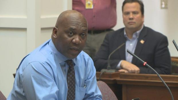 Thurman Thomas testifies before the Erie County Legislature on the need to reform cash bail practices in Erie County and New york State. Photo courtesy of wgrz.com.