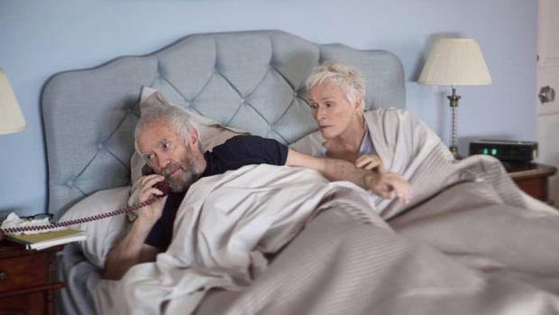 Jonathan Pryce and Glenn Close in The Wife.
