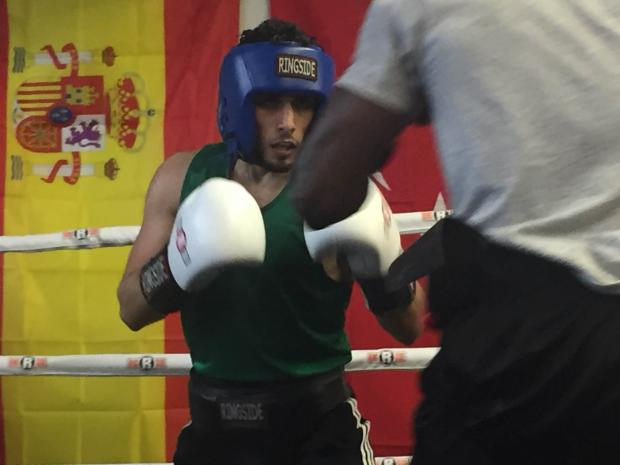 Samir Alowbali in the ring sparring Joe Reed.